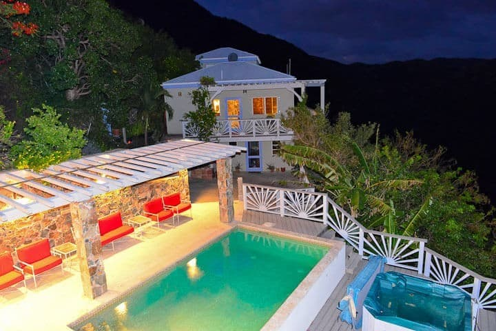 One of our favorite villa rentals by owner, Villa Equinox in Fish Bay is great for multiple couples or families.