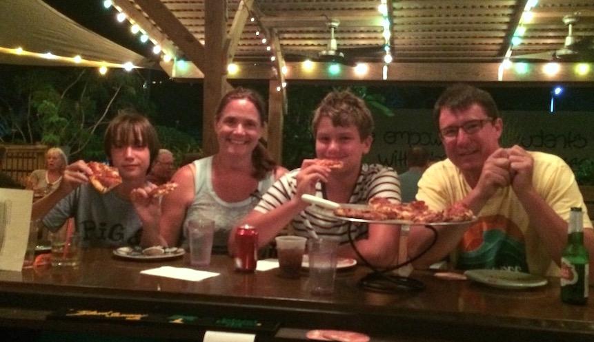 Family-Pizza-1