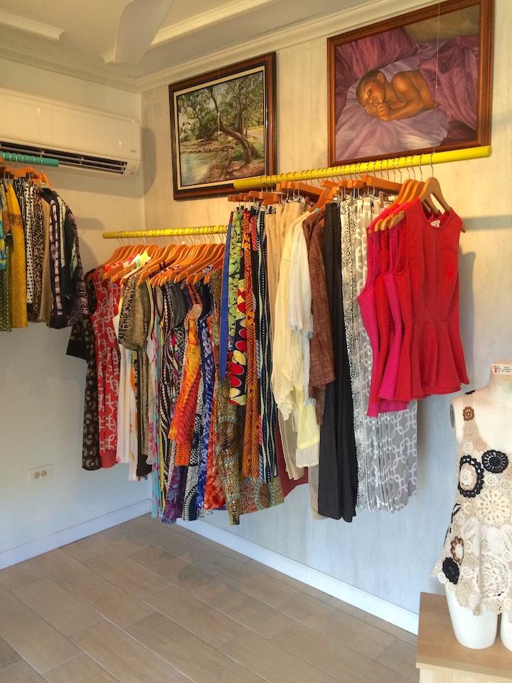 Kareso-Studio-Inside-clothing
