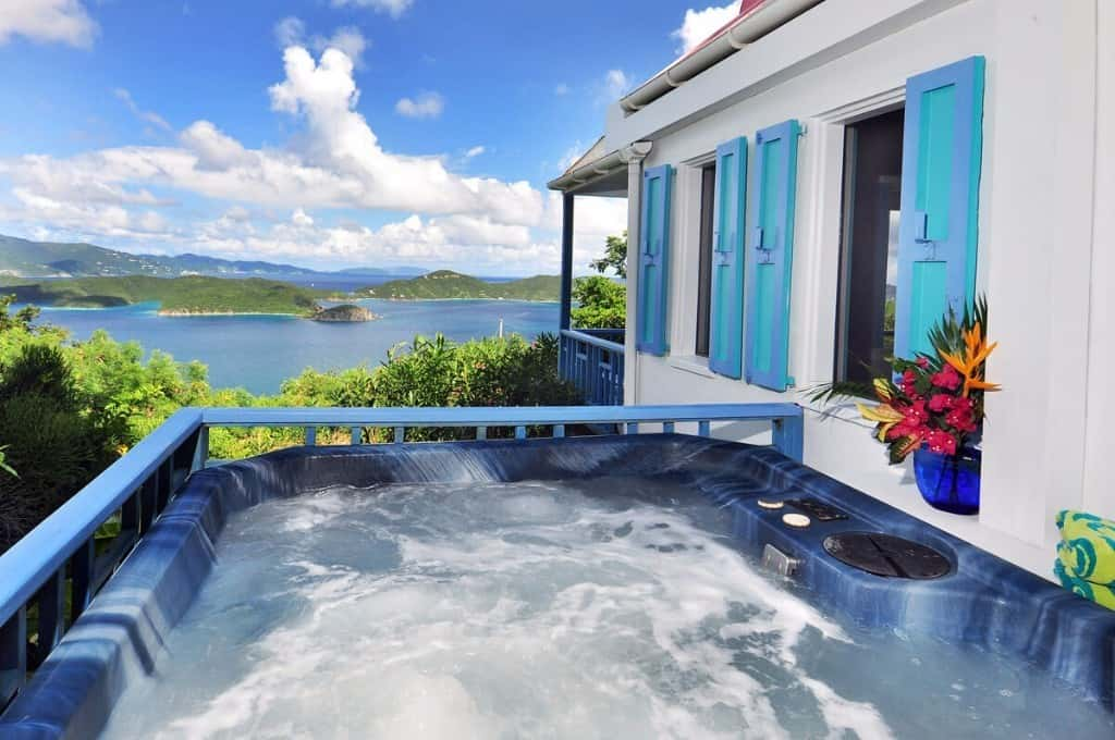 Sago-hot-tub-Calabash-Cottages-3
